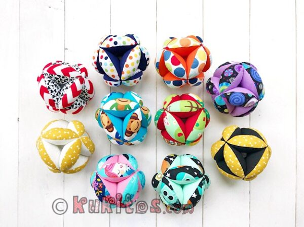 Varios modelos de las pelotas Montessori